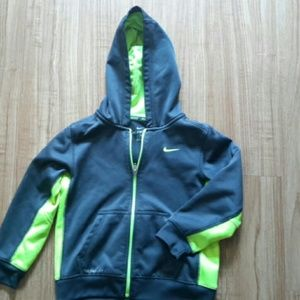 Nike hooded long sleeves
